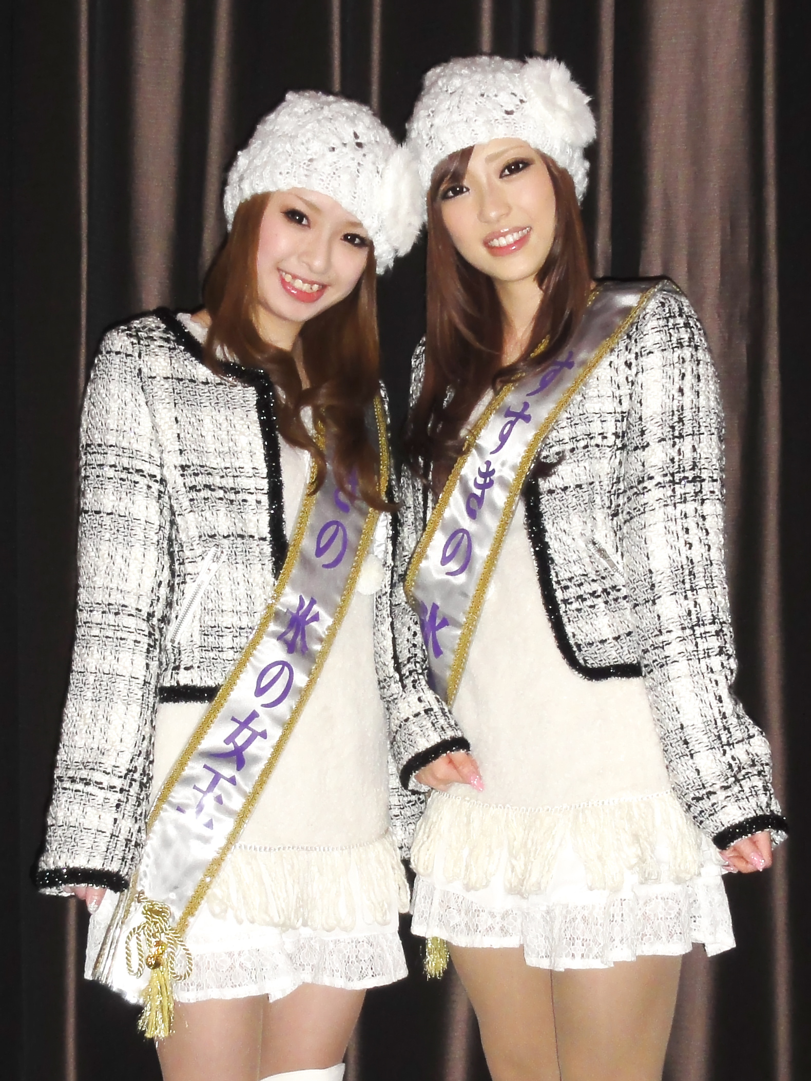 2011女王衣装内
